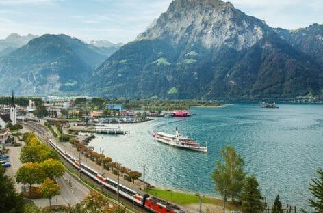 Svizzera, tra le Alpi con il Gotthard Panorama Express