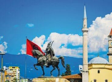 Albania, l'avanzata della dirimpettaia low cost