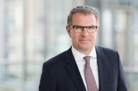 Lufthansa incita l'Ue: «Alitalia da ristrutturare»