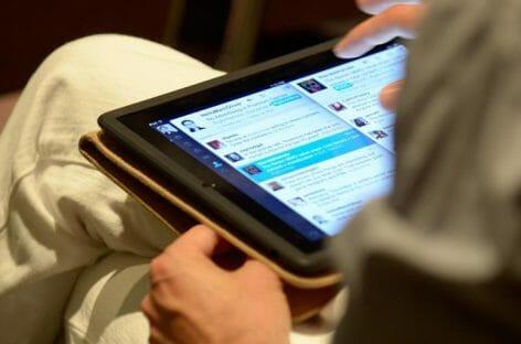 Etihad sfida Trump: gratis iPad e wifi <br>per i passeggeri di Business e First