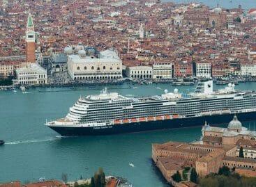 Crociere in fuga da Venezia? Crollano toccate e passeggeri
