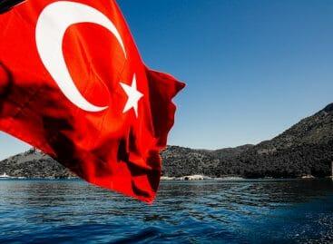 Turchia, al via le vaccinazioni per gli operatori del turismo