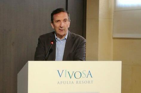 Vendita Alitalia a fine settembre: ipotesi decreto