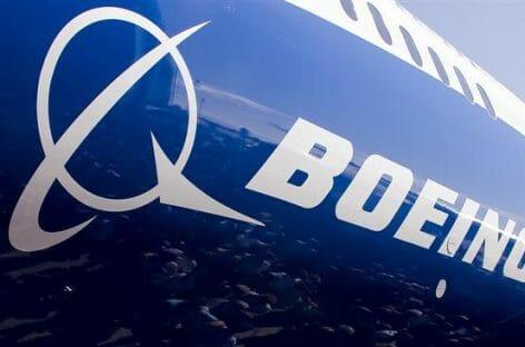 Boeing chiude un anno traumatico: perdite fino a 12 miliardi