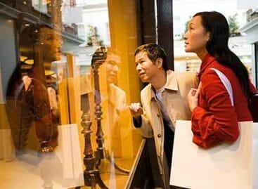 Shopping tourism, frenata della spesa internazionale in Europa