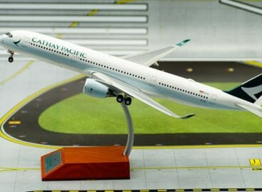 Cathay Pacific si allea con Alibaba