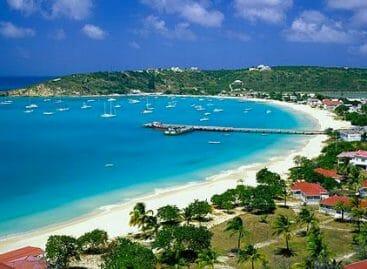 Anguilla, il turismo riparte con il fondo Starwood-Belmond
