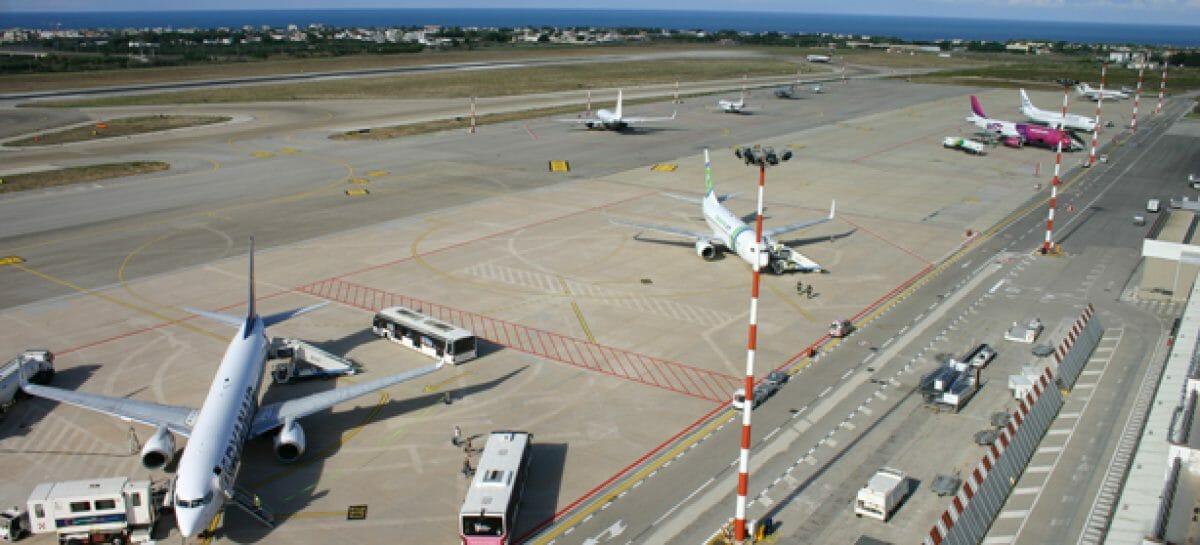 Aeroporto di Bari chiuso fino all'8 marzo