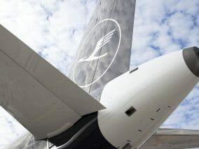 Lufthansa, la nuova livrea debutta in Italia