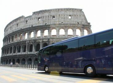 Bus turistici, un'altra stagione in quarantena per gli operatori