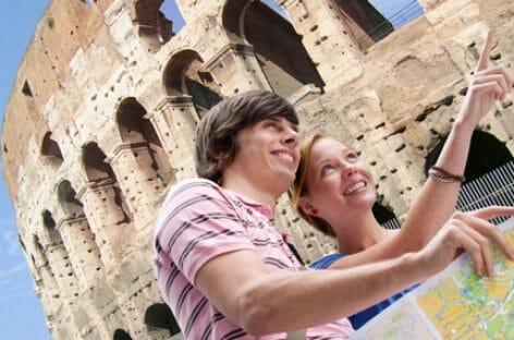 Turisti stranieri a +32% in Italia: la previsione Isnart