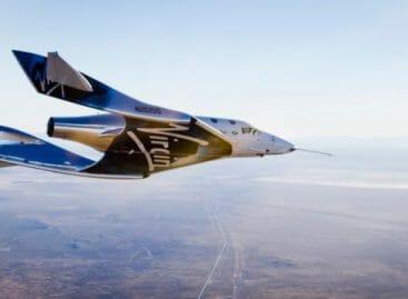 Virgin Galactic decollerà dalla Puglia: viaggi spaziali dal 2019