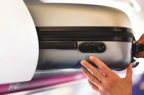 Il Regno Unito vuole vietare il bagaglio a mano a bordo