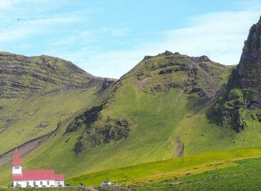 Islanda di iceberg e vulcani: la regina di Instagram si svela
