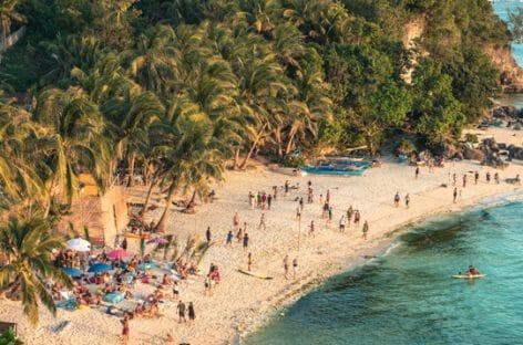 Le Filippine valutano il modello thailandese per le riaperture