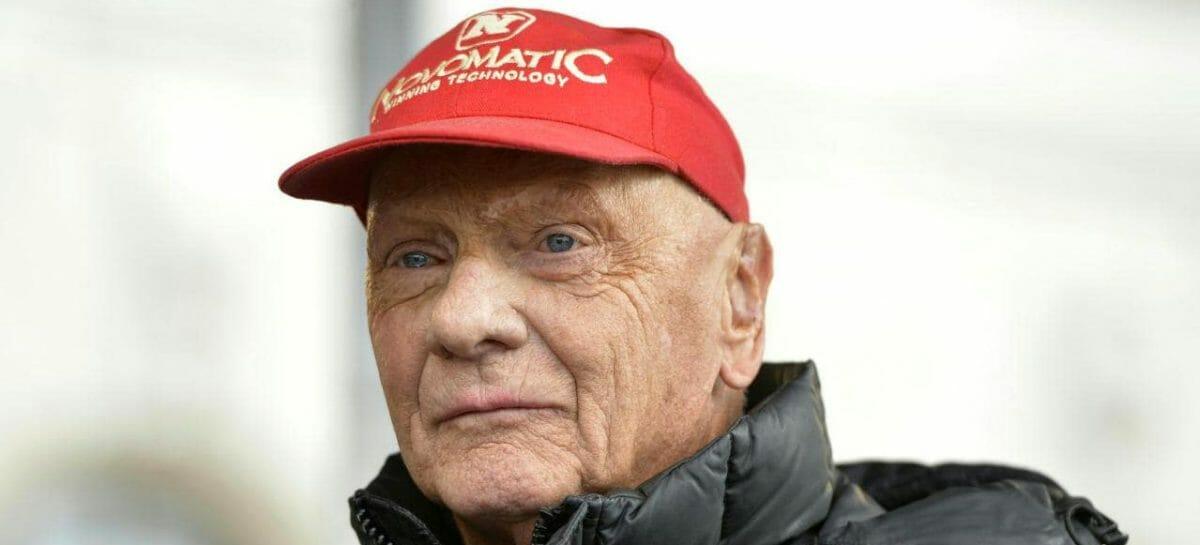 Addio a Niki Lauda, il pilota volante