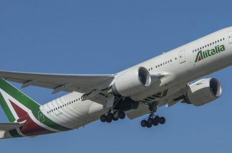 Alitalia, prestito da 400 milioni da restituire in sei mesi