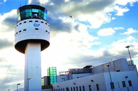 Alitalia, il Mit salva i voli in continuità per la Sardegna
