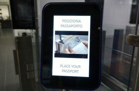 Aeroporto di Milano Bergamo, in funzione i primi sei e-gate
