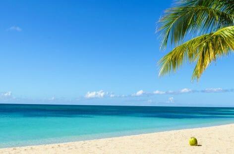 Spiagge e natura, la Giamaica di Alidays si presenta a Roma