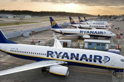 Ryanair verso nuove acquisizioni, ma chiude la base di Düsseldorf
