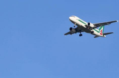Alitalia di Stato decolla a giugno con 90 aerei