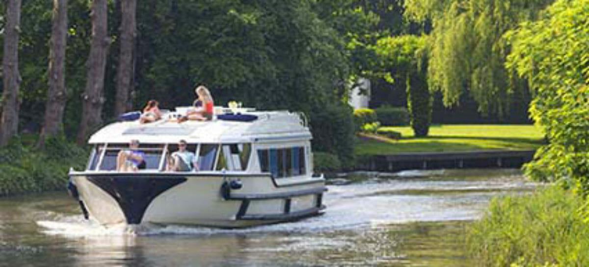 """Le Boat lancia """"Naviga con fiducia"""", zero penali per cancellazioni"""