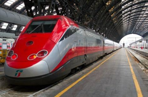 Trenitalia incrementa le corse delle Frecce per Natale