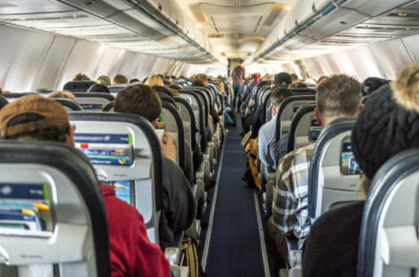 Fase 3, ora gli aerei possono volare pieni