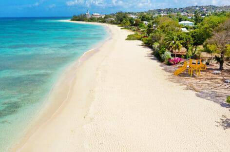 Barbados riduce a due giorni la quarantena per i vaccinati