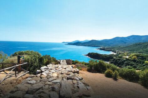 La Grecia conferma il piano e apre ai turisti dal 14 maggio
