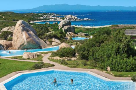 Sardegna, Delphina investe 15 milioni e riapre i resort da giugno