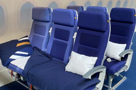 La mossa di Lufthansa: i sedili diventano letto anche in Economy