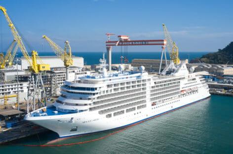 Silversea prende in consegna Silver Moon ad Ancona
