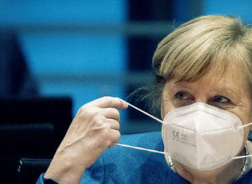 Germania, Merkel fa marcia indietro sul lockdown pasquale