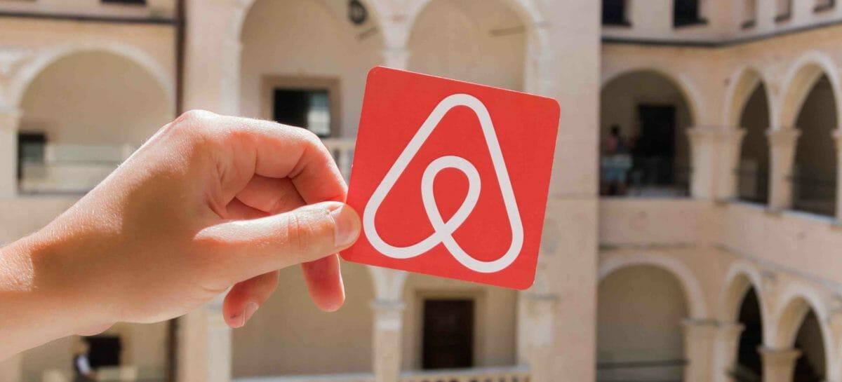 Airbnb, exploit al debutto in Borsa: ora vale 100 miliardi