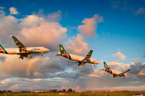 Alitalia, l'Ue reclama la restituzione dei 900 milioni prestati dallo Stato