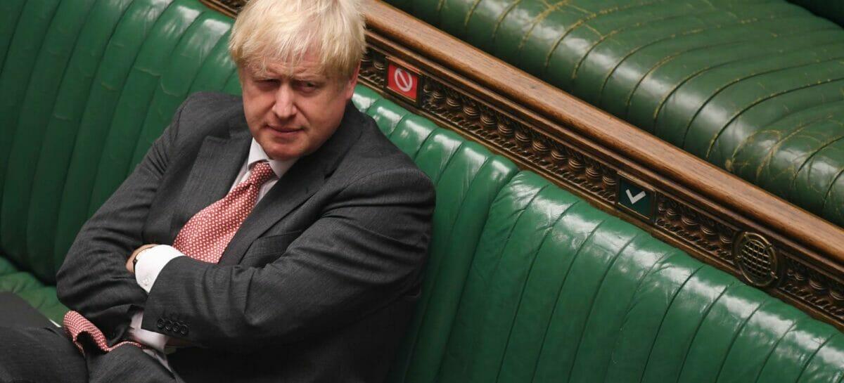 Regno Unito, Johnson apre ai viaggi all'estero da maggio