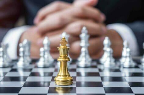 Lo scacchiere network<br> e la partita della tecnologia