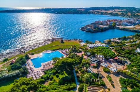 Valtur inaugura l'estate con 100 adv al Sicilia Brucoli Village