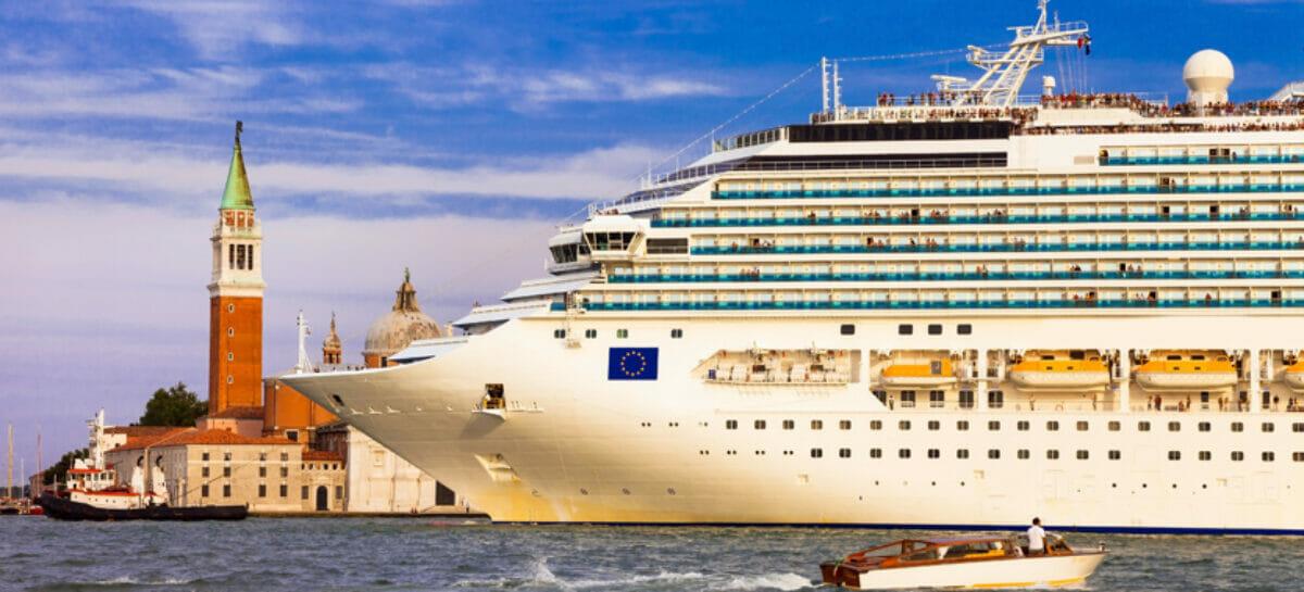 Venezia, grandi navi fuori dalla laguna dal 1° agosto