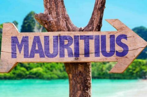 Mauritius apre ai turisti vaccinati senza più restrizioni